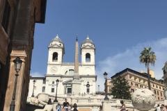 """Spanische Treppe mit der Kirche """"Trinita dei Monti"""""""